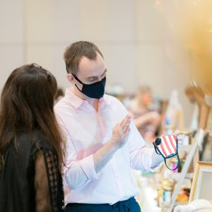 Do you really know how to choose your mask? Don't you want one which protect you from COVID and from the pollution? At the Hope Fair, we have specialists to answer your questions and give you the best advice.