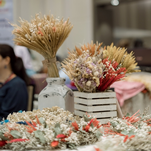 Dry flowers to decorate your style with style!
